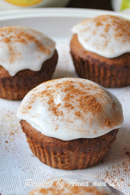 EASY Pumpkin Muffins with Icing by 2sistersrecipes.com