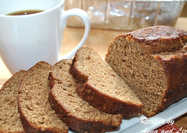 Low-Fat whole wheat Pumpkin Spice Bread by 2sistersrecipes.com