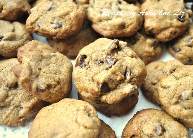 EASY Chewy Chocolate Chip Espresso Cookies by 2sistersrecipes.com