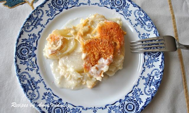Extra Creamy Scalloped Potato Casserole by 2sistersrecipes.com
