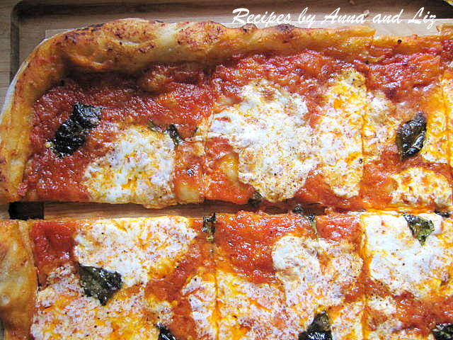 How to Make a Homemade Pizza by 2sistersrecipes.com