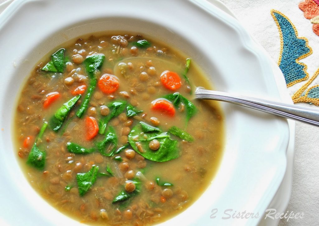 Lentil Spinach soup by 2sistersrecipes.com