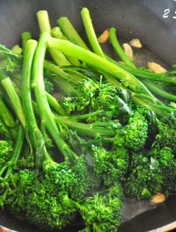 Easy Sauteed Broccolini by 2sistersrecipes.com