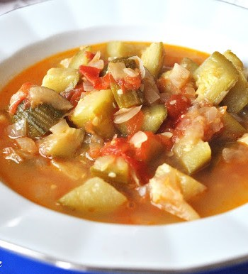 Italian Style Zucchini and Tomato Soup by 2sistersrecipes.com