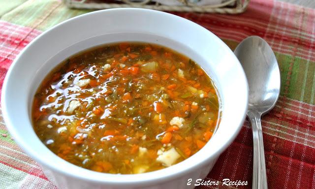 Detox Soup - Vegan! by 2sistersrecipes.com