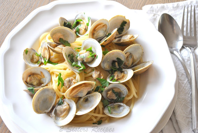 Little Neck Clams in Wine and Garlic Broth by 2sistersrecipes.com