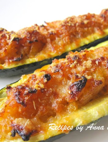 Quinoa Stuffed Zucchini by 2sistersrecipes.com