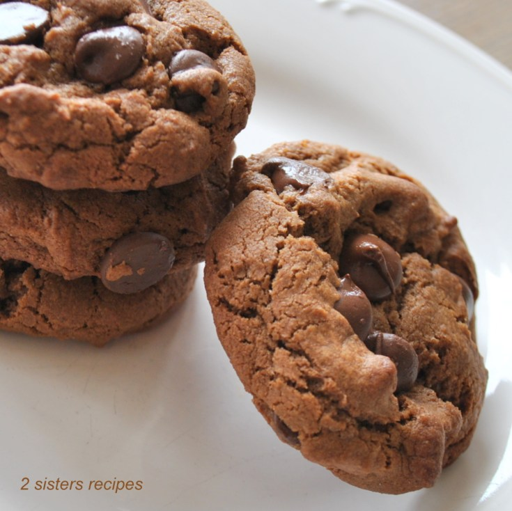 Chewy Dark Chocolate Chocolate Chip Cookies