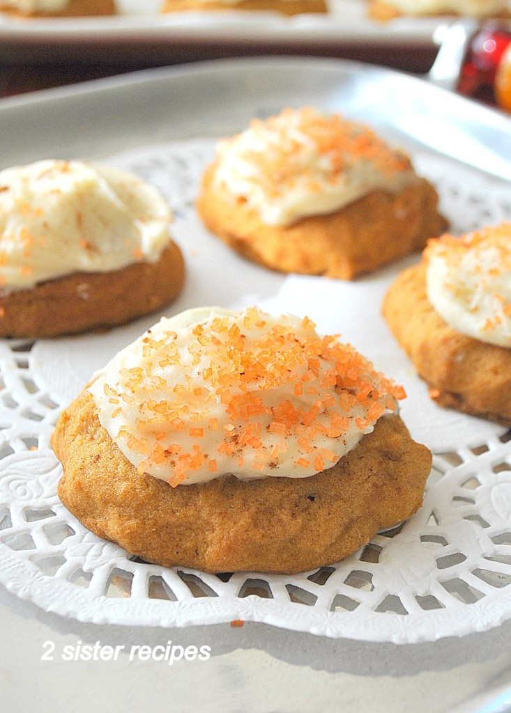 Best Pumpkin Cookies with Vanilla Cream Cheese Frosting by 2sistersrecipes.com