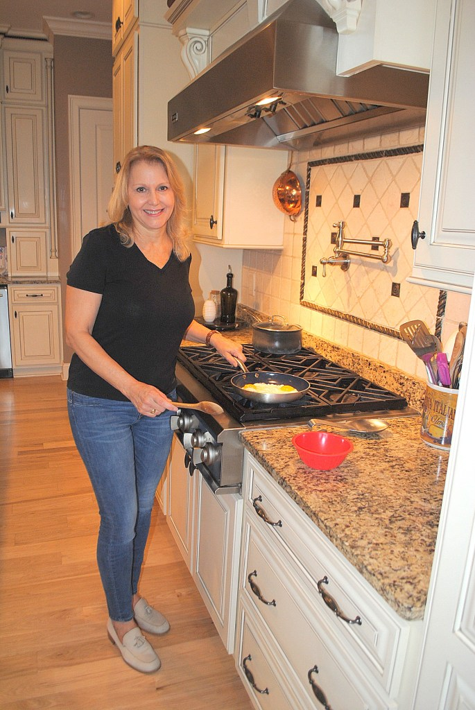 Phantom Chef Cookware and Giveaway by 2sistersrecipes.com
