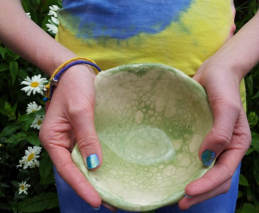 A bubble painted dish