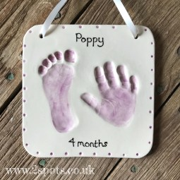 Imprint Purple with dotted border