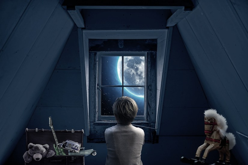 boy-attic-blue_Myriam Zilles