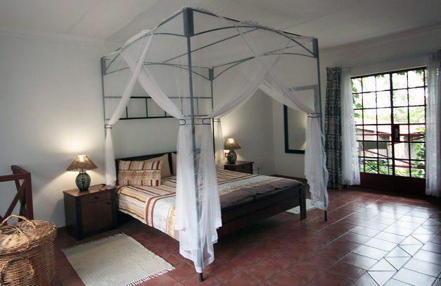 lodge bedroom