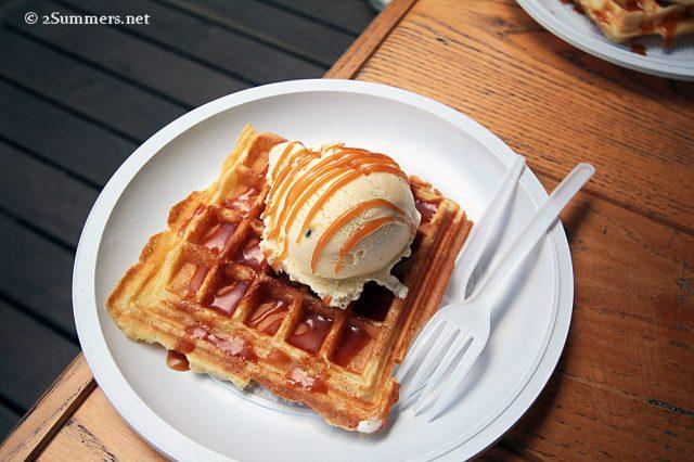 Waffle and vanilla