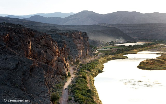 Orange River and road