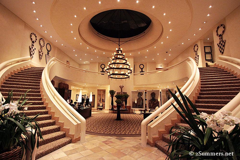 Saxon lobby