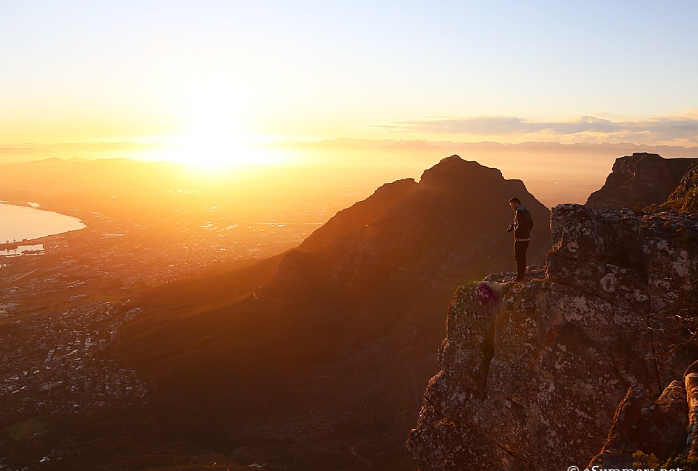 #HelloWeekend: 48 Hours in Cape Town