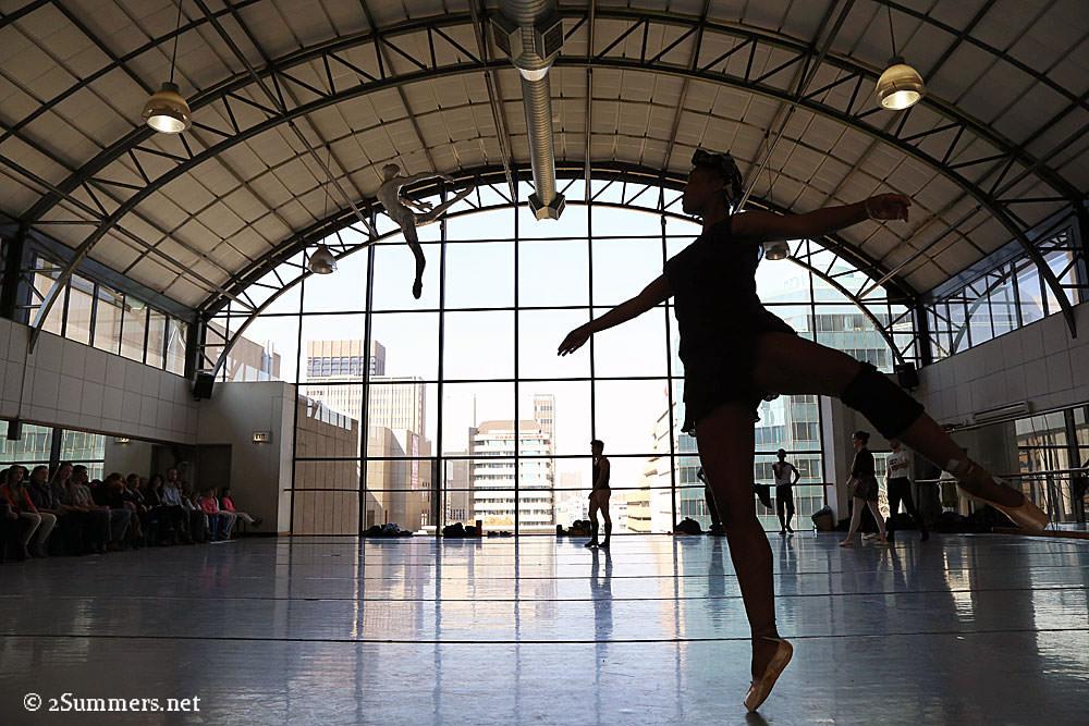 Real-dancer-fake-dancer