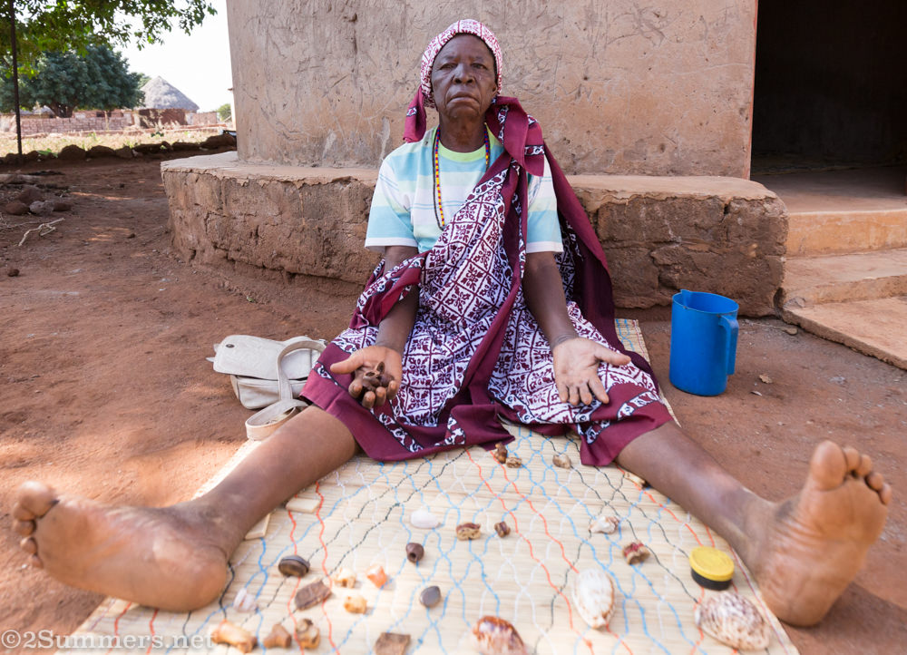 Maria telling fortunes in Makuleke