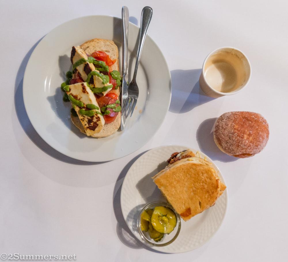 Breakfast at Kramerville Bakery