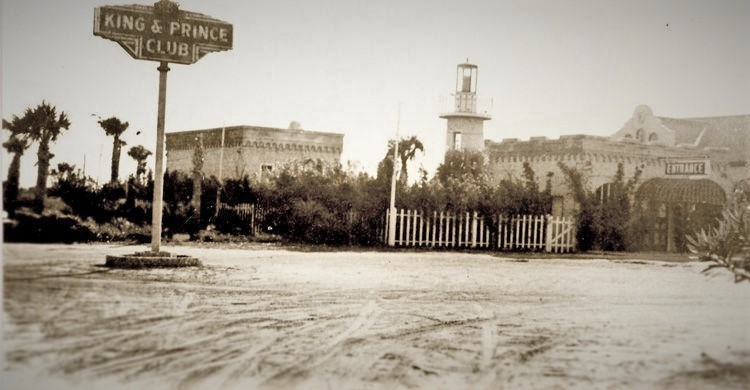 Historic Entrance King and Prince