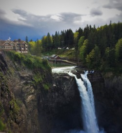 Salish Lodge at Snoqualamie Falls 2traveldads.com