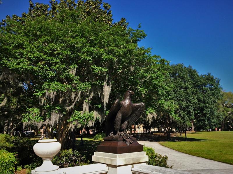 Eagle statue in Memorial Riverfront Park Avondale Jacksonville Florida 2traveldads.com