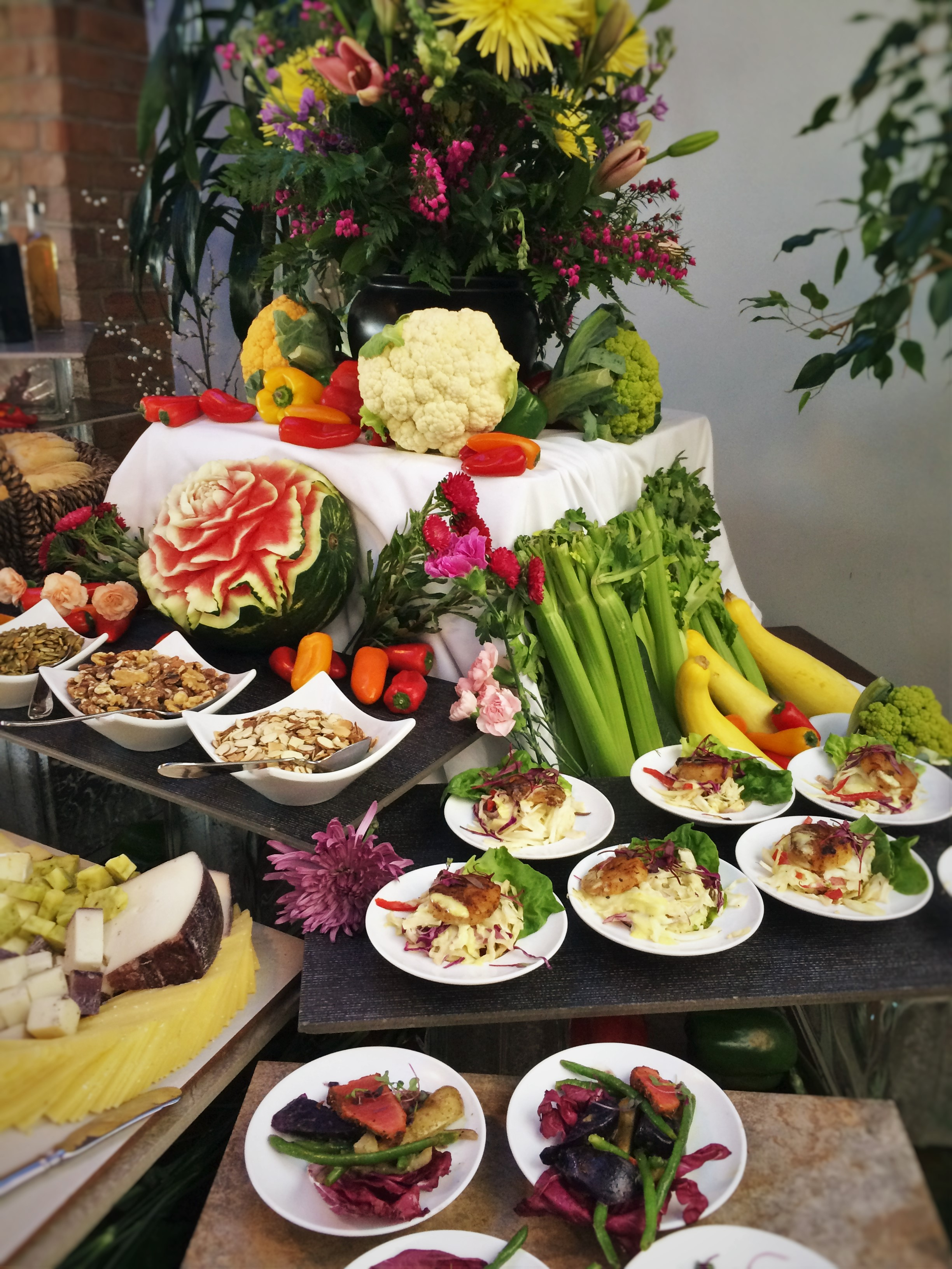 Garden Terrace Hotel: Seared Tuna And Small Plates At Easter Brunch At Garden