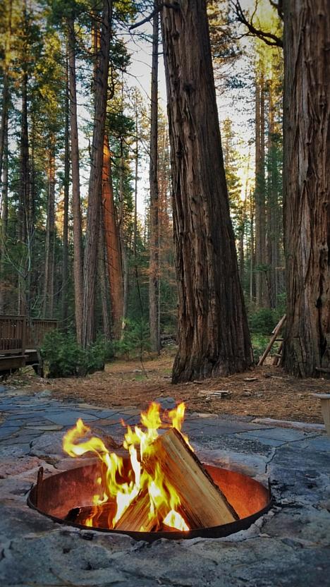 Camp fire in fire pit at Evergreen Lodge Yosemite 2traveldads.com