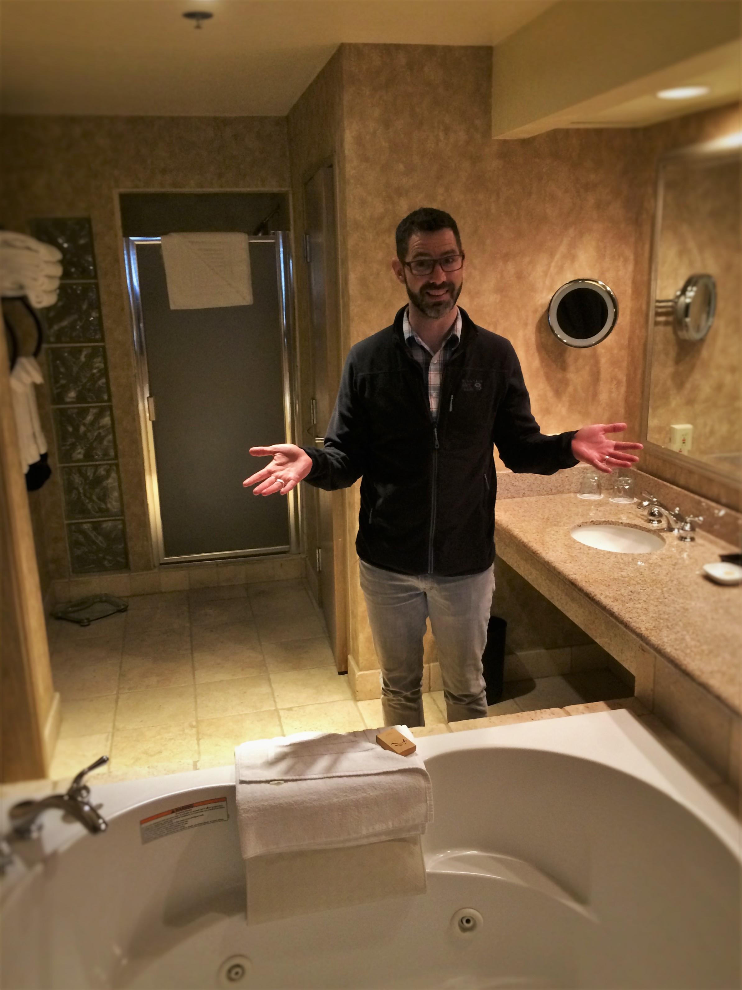 Chris Taylor and jetted tub at Tenaya Lodge Yosemite 1
