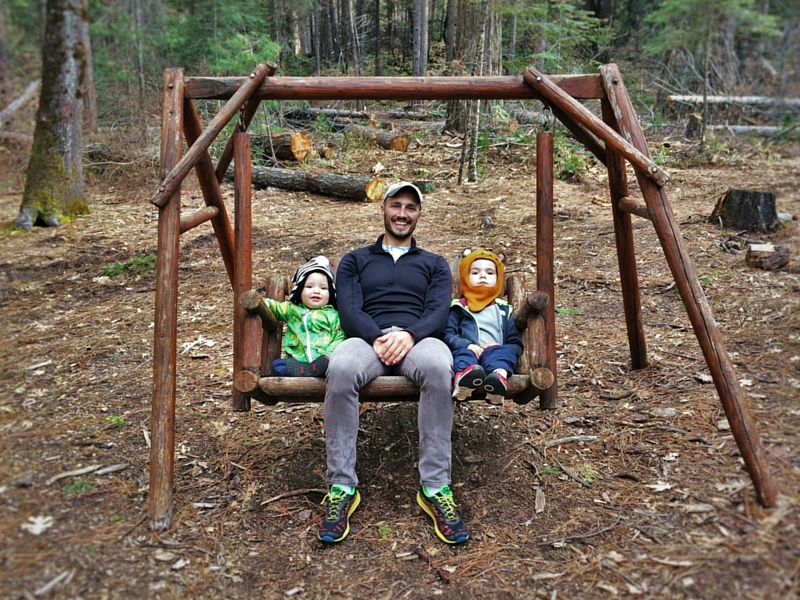 Rob Taylor and Kids on swing at Evergreen Lodge at Yosemite 2traveldads.com