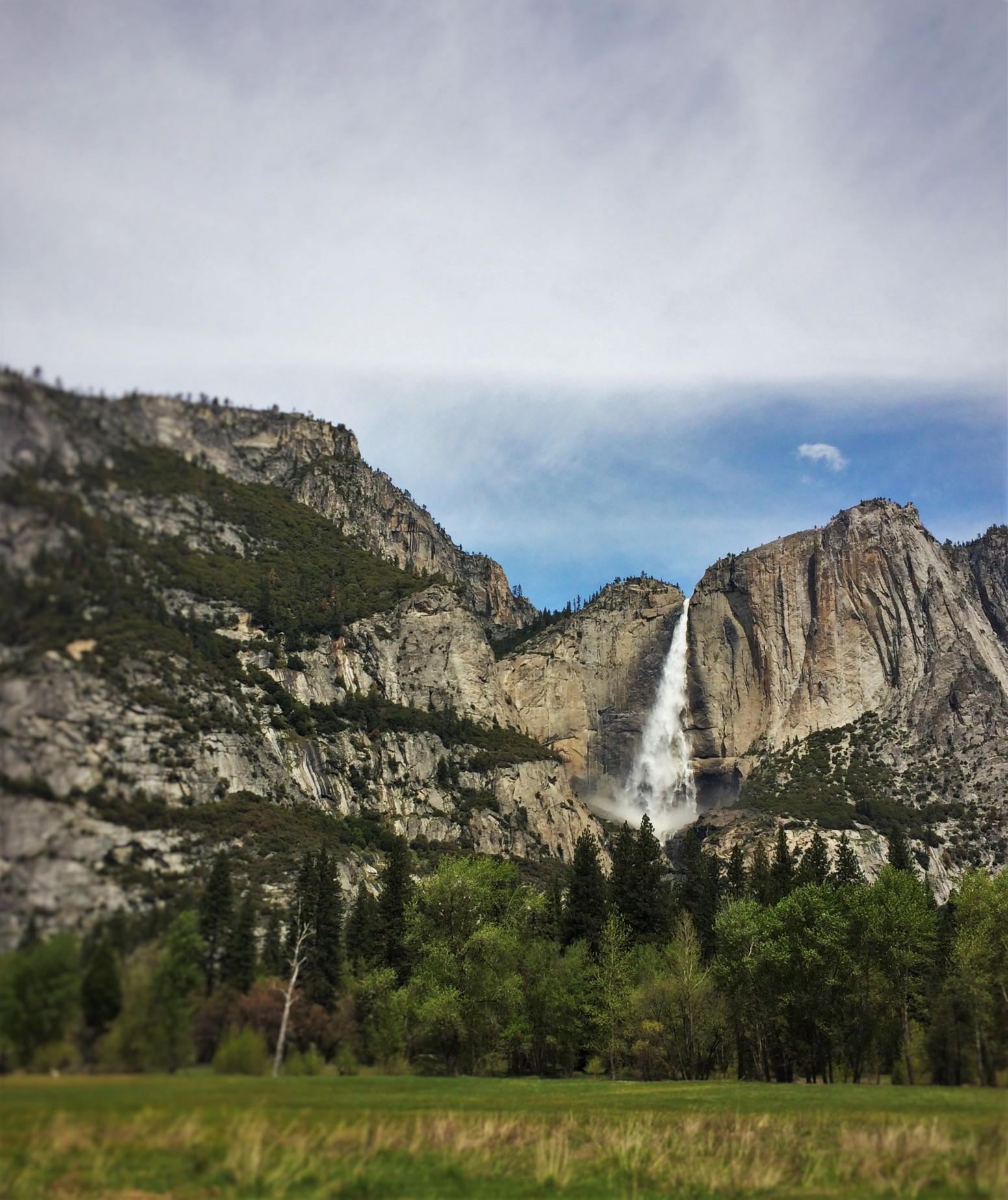 stay pin hotels and just park yosemite cabins minutes from national camping lodges