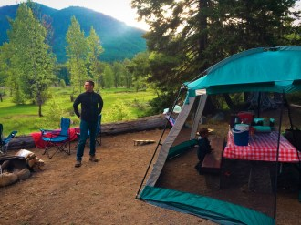 Chris Taylor and LittleMan camping at Cle Elum River campground 4