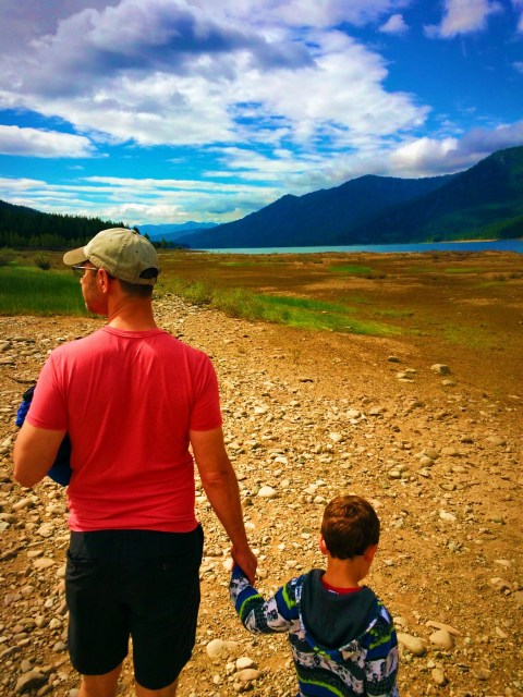 Chris Taylor and LittleMan hiking at Cle Elum River 1