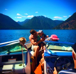 Chris Taylor and TinyMan playing in Lake Cushman Olympic Peninsula 4