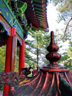 buddhist-temple-at-huashan-3