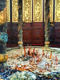 Incense burning at Tang Paradise Xian Imperial Garden 2