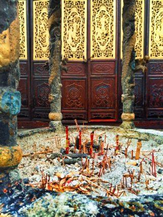 Incense burning at Tang Paradise Xian Imperial Garden 2