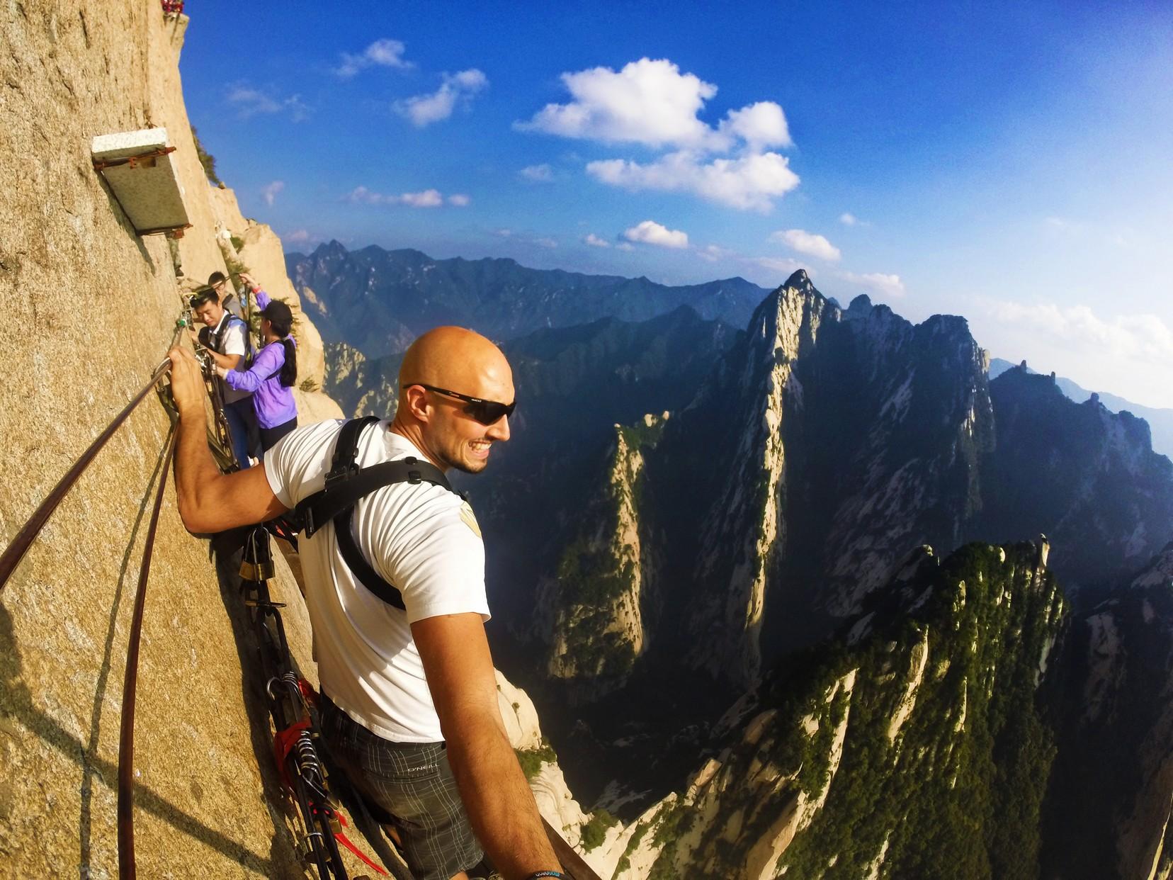 Rob Taylor on Death Planks hike Huashan National Park 7