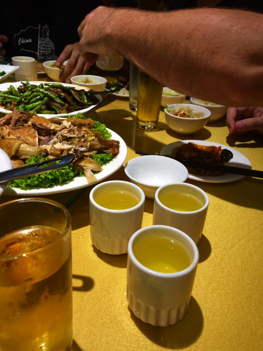 traditional-chinese-food-with-barley-tea-1