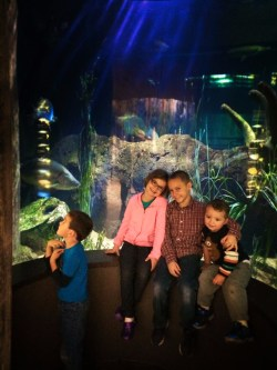 Taylor Kids at Mississippi Delta exhibit Tennessee Aquarium 2