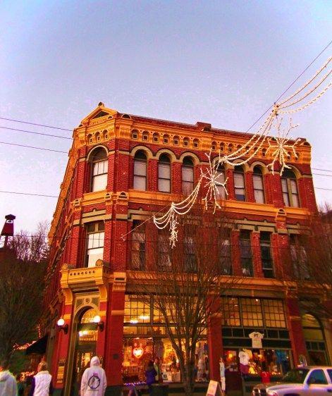 Brick Victorian in Port Townsend at Christmas 1