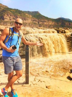 Rob Taylor at Hukou Falls National Park Shaanxi Province 2