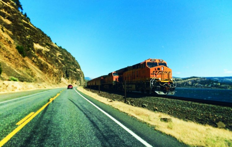BNSF Train along Highway 14 Columbia River Gorge 1