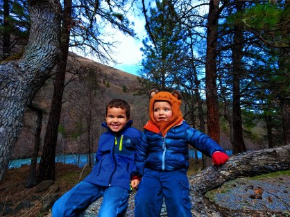 Taylor Kids at Klickitat River in Columbia River Gorge 2