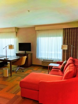 Double Suite at Hampton Inn and Suites Hood River 2