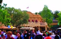 Golden Horseshoe Frontierland Disneyland 1