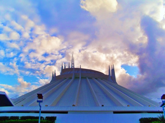 Tomorrowland Space Mountain Disneyland 1