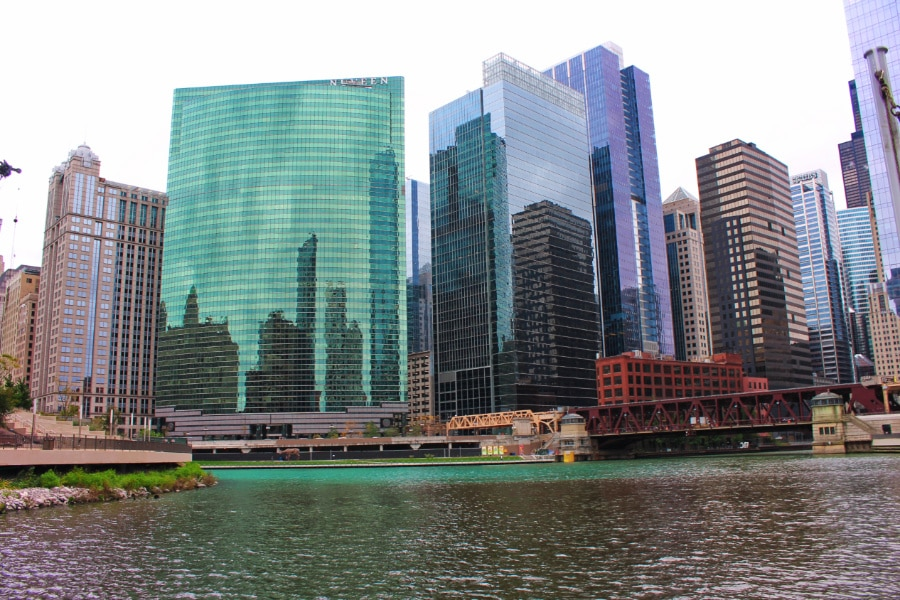 Wendella's Chicago's Original Architecture Tour includes a boat ride along the Chicago River with a guided narration of Chicago's architectural heritage and history.